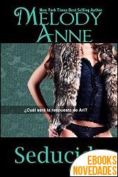 Seducida (Rendición - Libro 3) de Melody Anne